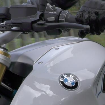 la chouette team BMW R1200R 12